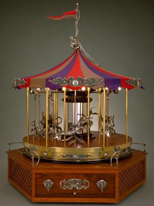 Attirant Fantasy Carousel